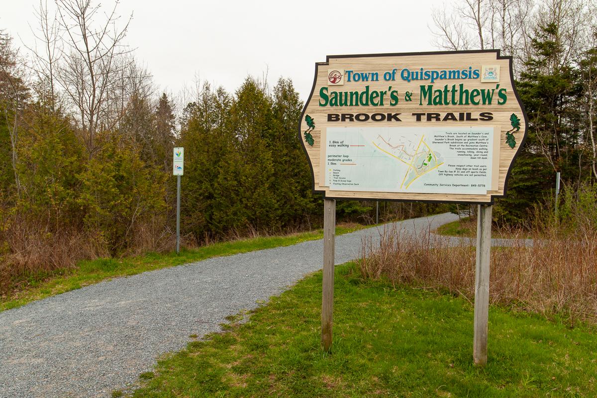 Sentiers Matthews et Saunders Brook